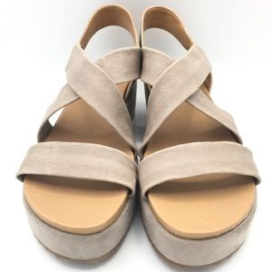 NEW Lucky Brand Taupe Leather Lagen Look Platforms
